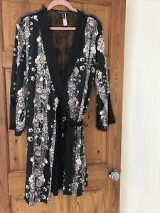 Victoria's Secret Black/Soft Pink Silk Kimono Robe Absolutely Gorgeous Size M/L