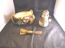 CERTIFIED INTERNATIONAL SUSAN WINGET CHRISTMAS CANDY DISH, SALT SHAKER & KNIFE