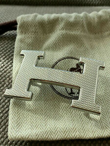 Classic HERMES 32MM Belt Buckle SILVER GUILLOCHE H With Pouch