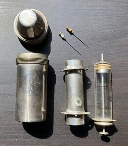 Antique Vtg German Syringe & Needles In Steel Cylinder Case GDR Austauschbar