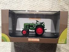 Universal Hobbies Fendt F24 Tractor Uh6028 Country Collection 1.43 Scale