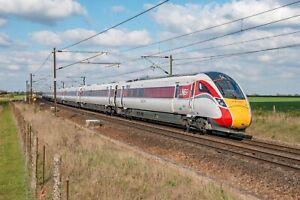 Large Canvas LNER Train, Azuma, Hitachi, IEP, Railway, East Coast, Art