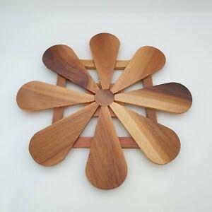 Wood Heat Resistant Pot Stand Non-Slip Pad Flower Pattern Saucepan Trivet Plate