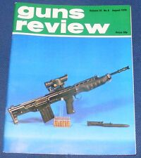 GUNS REVIEW MAGAZINE AUGUST 1976 - MACHINE PISTOLS/STRIPPING AIR PISTOLS