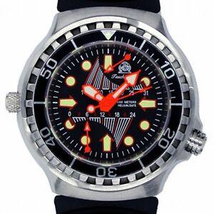 Retrograde GMT+ Tag 100ATM HELIUM-SAFE SAPHIR-Glas T0247