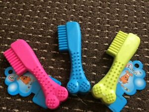 DOG TOY COMB SHAPE CAT PUPPY PLAY TOY TOUGH RUBBER PACIFIERS CHEWS DENTAL HEALTH