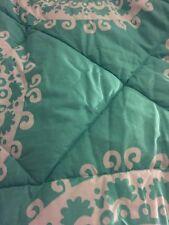 Pottery Barn Teen Comforter Medallion Florette Twin Aqua Teal Blue White Pool