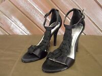 White House Black Market Heels Open Toe Sandals Black Tassels Women's Size 7
