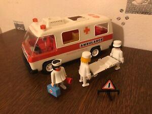 Playmobil véhicule ambulance vintage