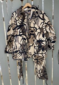 Predator Cotton twill camo hunting jacket and cargo pants camouflage