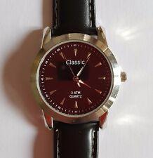 Classic / Herren / Armbanduhr / Lederarmband / Wasser resistent