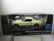 1/18 SCALE ERTL AMERICAN MUSCLE AUTHENTICS 1965 FORD MUSTANG GT 2 + 2