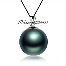 BAR PARTY HUGE SEA BLACK MOTHER-OF PEARL 20MM PENDANT + CHAIN