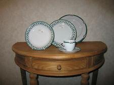 SOLOGNE DESHOULIERES *NEW* Alhambra Vert Set 3 Assiettes + 1 Tasse à café