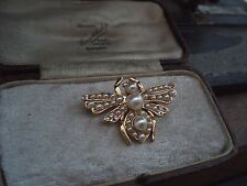 Vintage Jewellery Bee Insect Pearl with Tiny Crystal Brooch. Gold Plated. Signed