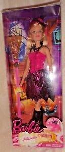 Barbie Halloween doll, in perfect order, including the box.