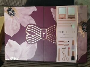 TED BAKER Stately Collection cosmetic make up set. Ideal Christmas present.
