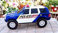 Retro 1994 Jeep Police cars with siren.