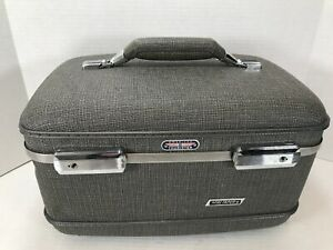 Vintage American Tourister Tri-Taper Train Makeup Case Gray Tweed Hardshell