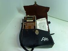 AIR INSTRUMENT RESOURCES LTD. MICROMANOMETER MP6KD WITH CASE AND PAPERS 2512