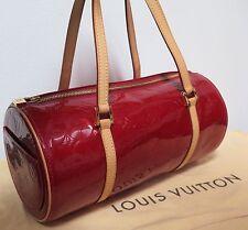 .Auth LOUIS VUITTON Red Patent Vernis Bedford Pomme D'Amour Satchel M91986 - Red