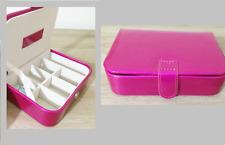 MELE & CO Travel Jewellery Case in Fuchsia Pink