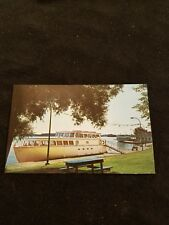 Cruise Boats at the Government Dock at Gananoque Ontario Canada - Old Postcard
