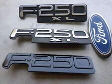 97-02 Ford F-250 XL Emblem F1UB-15402A16-AA Logo F75B-16B114-DA Decal Script Set