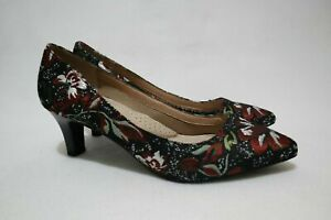 All Day Comfort Floral Size 8 & 11 Multicolored Leafy Detail Kitten-Hush Puppies