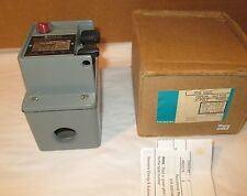 Siemens MMSKW2C Fractional HP Switch, Single and 3 Phase, NEMA Type 4