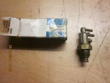 CHRYSLER CORP PORTED VACUUM SWITCH #3614023 NOS CIRCA 70'S