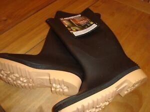 Wellington boots, black size 8