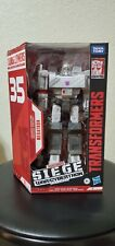 Transformers Siege 35th Anniversary WFC Animation Voyager Megatron Figure NEW
