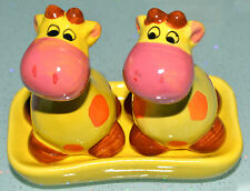 Giraffe Animal Salt & Pepper Shakers With Display Tray Combine & Save On Post!