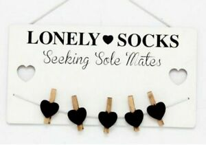Sil Lonely Socks Plaque with Pegs - Novelty Hanging Plaque - Gifts for the Home