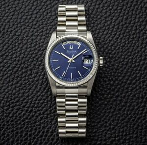 Vintage Bulova Super Seville Automatic Day Date Deep Blue Dial Duble Mens Watch