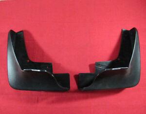 CHRYSLER 300 Rear Black Molded Splash Guards NEW OEM MOPAR