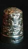 H G & S CHESTER 1913 SILVER FINE DECORATED LION HALLMARKED SOUVENIR THIMBLE RARE