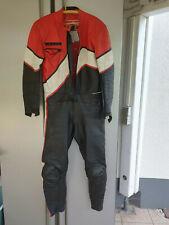 Lederkombi Motorradkombi DAINESE Gr. 50 zweiteilig - Retro Style (schwarz/rot/w)