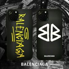 2 COVER BALENCIAGA PER IPHONE, RESO DISPONIBILE ,PAGAMENTO ALLA CONSEGNA.
