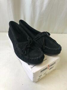 Minnetonka Women's Kilty Moccasins Black Size 9 (2105061028)