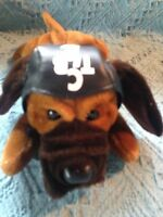 "NOS 1999 ELVIS PRESLEY ""CYCLE CAP"" PLUSH HOUND DOG"