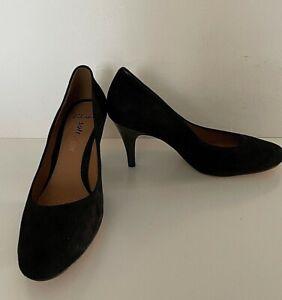 Clarks Soft Wear Black Suede Round Toe High Heel Shoe Size UK7 D Fit (S2)