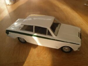 Rare Airfix 1/32nd Scale Ford Lotus Cortina MK1 Built Plastic Model