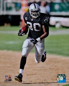 Darren McFadden Oakland Raiders NFL Licensed Unsigned Matte 8x10 Photo B