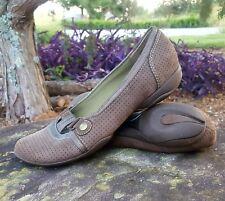 Privo Clarks 9 Sporty Mary Jane Ballet Flats Shoe Brown Bronze Perf Nubuck Suede