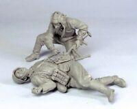 1/35 Resin WWII Soviet Soldier & German Corpse Unpainted Unbuild BL536