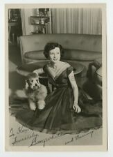 Betty White - Iconic American Actress - Signed 8x10 Photograph