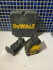 DeWalt DW088K Self Levelling Cross Line Laser Level
