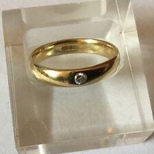 HM 18ct 18k Giallo Oro D Forma Fede nuziale Comfort Fit Anello di diamanti 4mm Wide Q